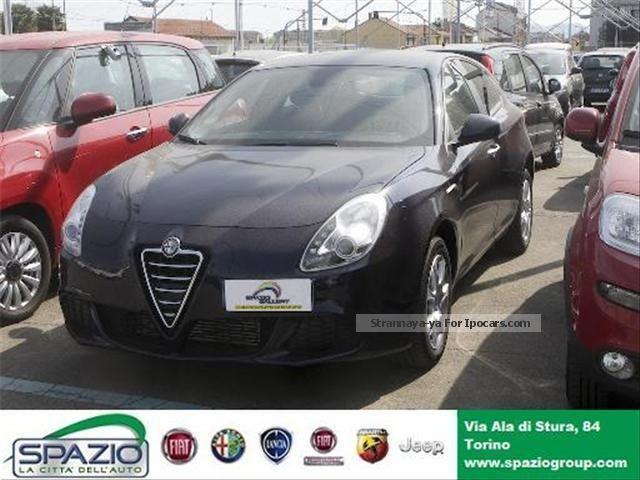 2013 Alfa Romeo  Giulietta (2010) Giulietta 1.6 JTDM-2 105 CV per Saloon Used vehicle photo