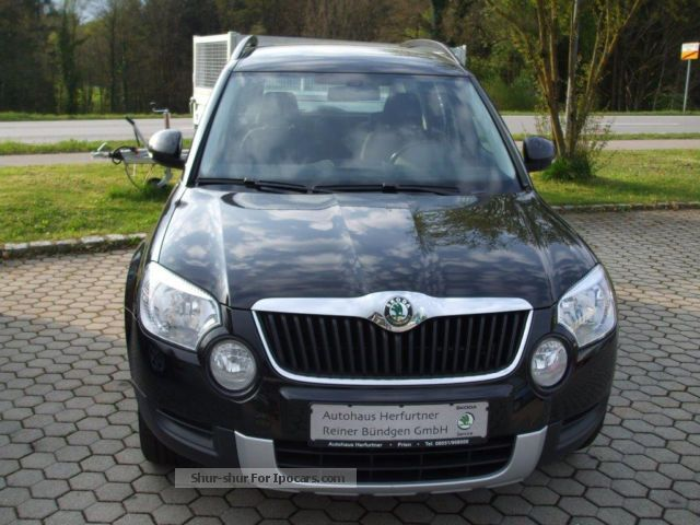 2010 skoda yeti 2 0 tdi 4x4 ambition car photo and specs. Black Bedroom Furniture Sets. Home Design Ideas