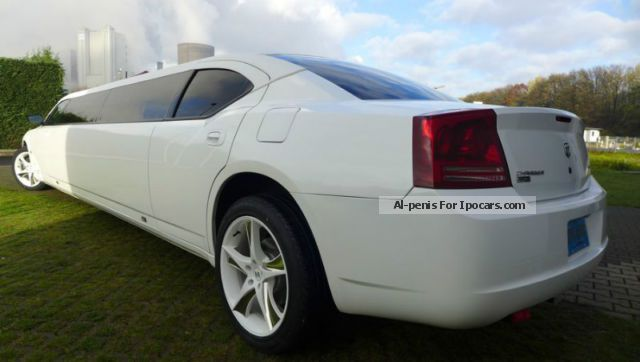 2013 chrysler 300 c dodge charger awd all wheel drive car photo and specs. Black Bedroom Furniture Sets. Home Design Ideas