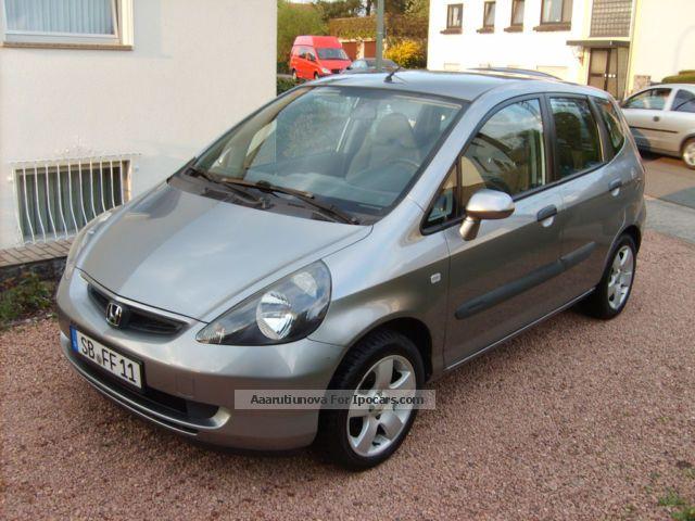 2004 Honda  Jazz 1.4 Small Car Used vehicle(  Accident-free) photo