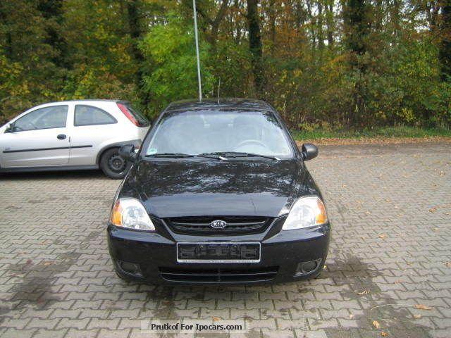 2003 Kia  Rio 1.3 rs Estate Car Used vehicle photo