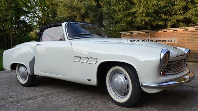1958 wartburg 313 sports car photo and specs. Black Bedroom Furniture Sets. Home Design Ideas