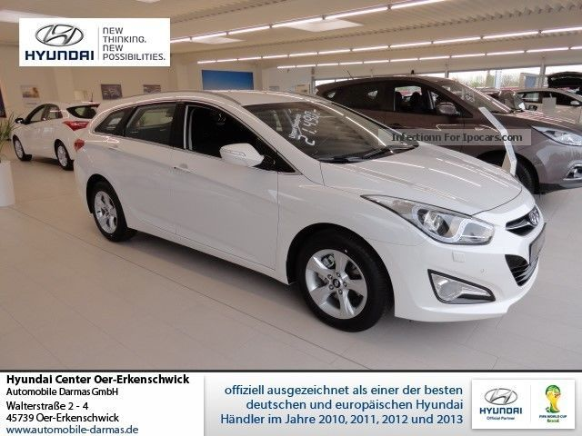2012 Hyundai  i40cw 1.7 CRDi 5-Star Silver, TopFin 2.99! - Kl Estate Car New vehicle photo