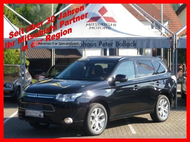 2012 Mitsubishi  Outlander Plug-in Hybrid TOP leather black Off-road Vehicle/Pickup Truck New vehicle photo