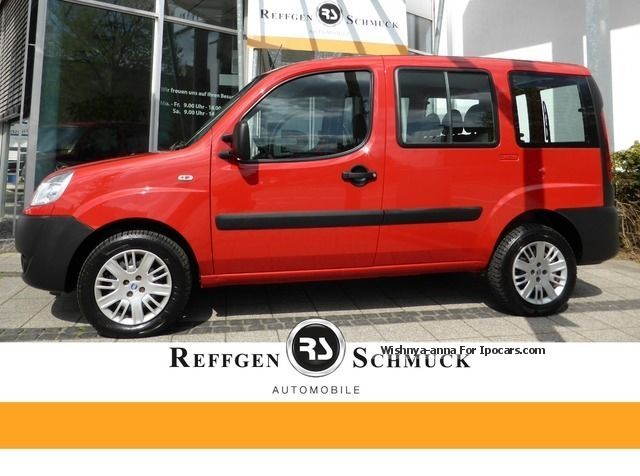 2012 Fiat  Changed Doblo Alloy Wheels 1.Hand AHK timing belt Van / Minibus Used vehicle photo