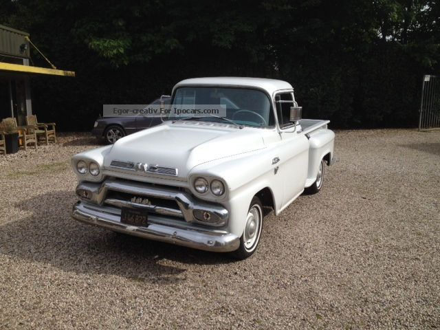 GMC  100 Stepside Pick Up V8 Hydramatic 1959 Vintage, Classic and Old Cars photo