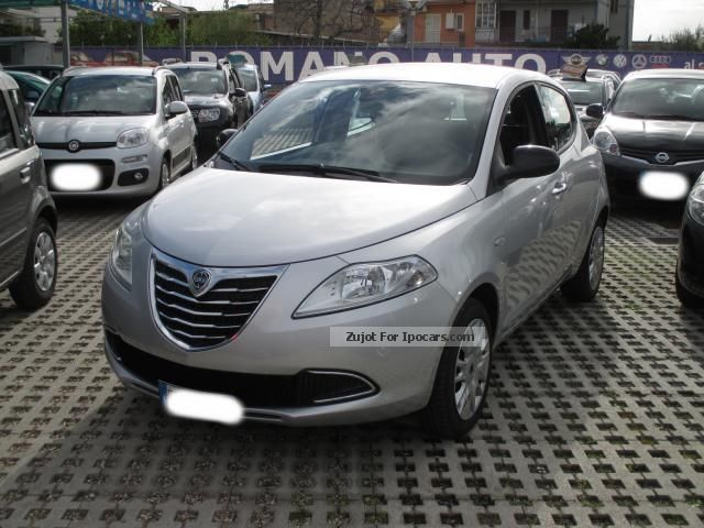 Lancia  Ypsilon Ypsilon 1.2 69 CV 5P Gold GPL 2013 Liquefied Petroleum Gas Cars (LPG, GPL, propane) photo