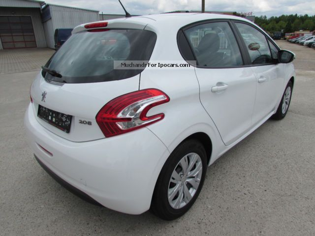 2013 peugeot 208 hdi 1 6 climate car photo and specs. Black Bedroom Furniture Sets. Home Design Ideas