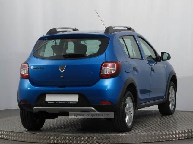 2014 dacia sandero 0 9 tce 2014 1 hand checkbook navi. Black Bedroom Furniture Sets. Home Design Ideas