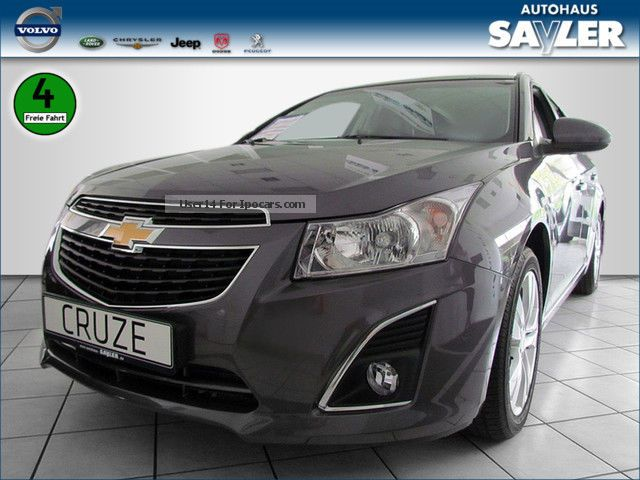 2012 chevrolet cruze sw 1 4 ltz leather air navi keyless shz car photo and specs. Black Bedroom Furniture Sets. Home Design Ideas