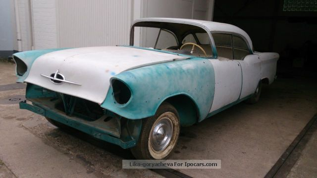 1957 Oldsmobile  98 Hardtop Sedan Barn Find Saloon Used vehicle photo