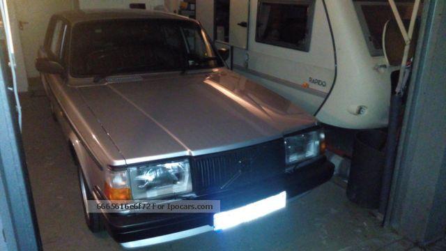 1987 Volvo  240 GLT 98Kw Saloon Used vehicle(  Accident-free) photo