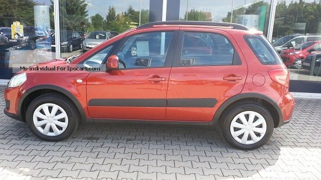 2007 Suzuki  SX4 1.6L VVT 4x4 SUV Club Small Car Used vehicle photo