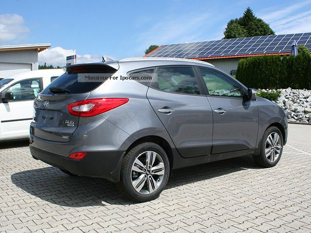 2012 hyundai ix35 2 0 crdi 4wd automatic premium car photo and specs. Black Bedroom Furniture Sets. Home Design Ideas