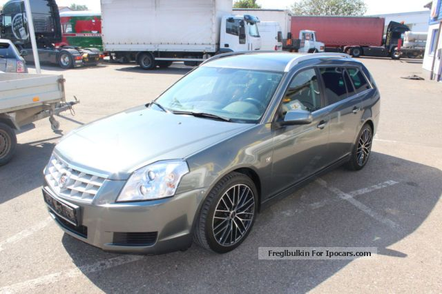 2010 Cadillac  BLS 2.0 T * Business * Leather * Bose * Navi * 18 \u0026 quot; * Estate Car Used vehicle ( Accident-free ) photo