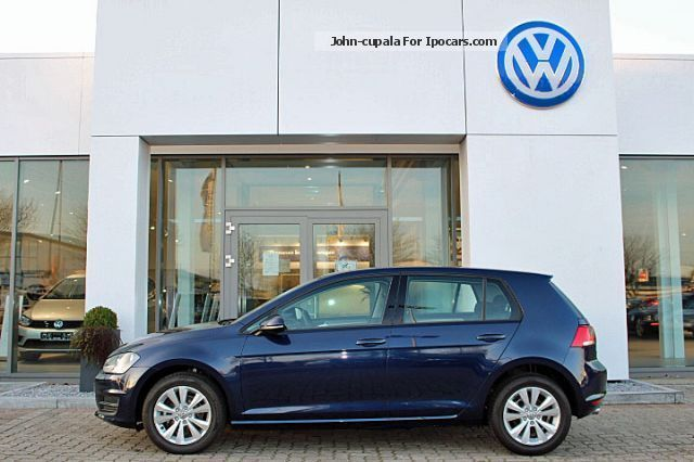 2012 Volkswagen  Golf 1.6 TDI BMT Comfort Line Saloon New vehicle photo