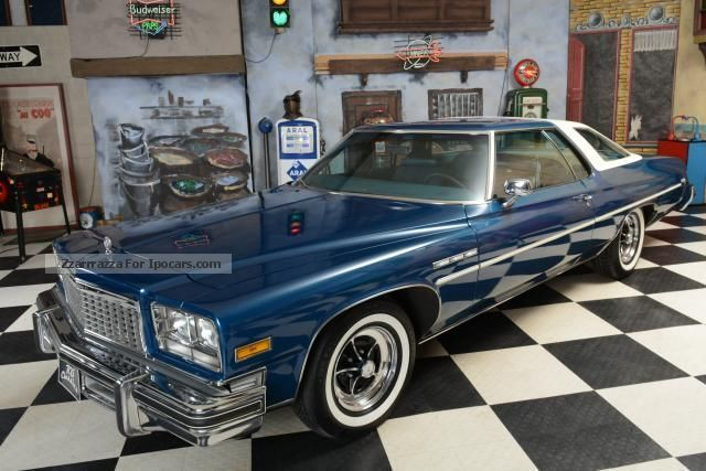 1976 Buick  Le Sabre Custom Sport Coupe Sports Car/Coupe Classic Vehicle photo