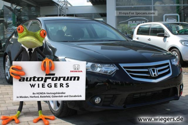 2012 Honda  Accord 2.0 Elegance Advantage * ex-hail * = TZ = Saloon Demonstration Vehicle ( Accident-free ) photo