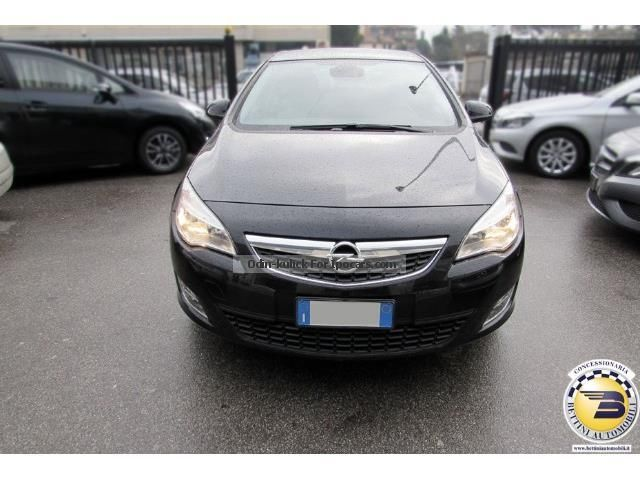 2010 opel astra 1 7 cdti 125cv 5 porte cosmo car photo for Porte saloon