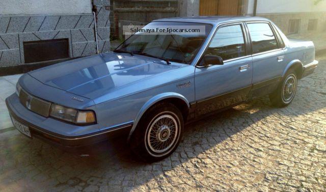 1993 Oldsmobile  Cutlass Ciera S Estate Car Used vehicle( Accident-free) photo