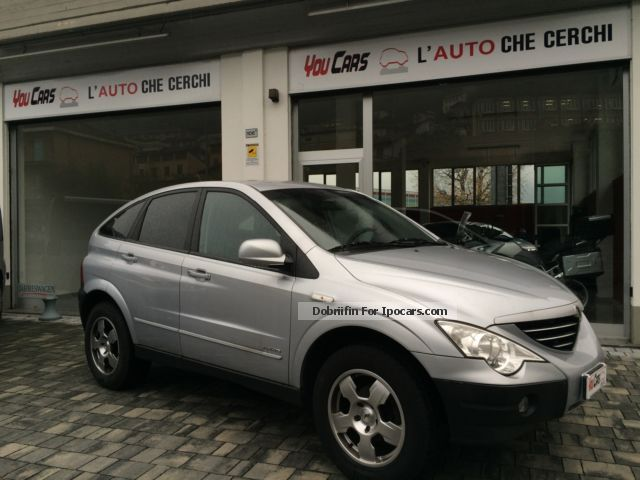 Ssangyong  2.3 4WD Comfort.Gangio Traino Doppio treno gomme 2010 Liquefied Petroleum Gas Cars (LPG, GPL, propane) photo