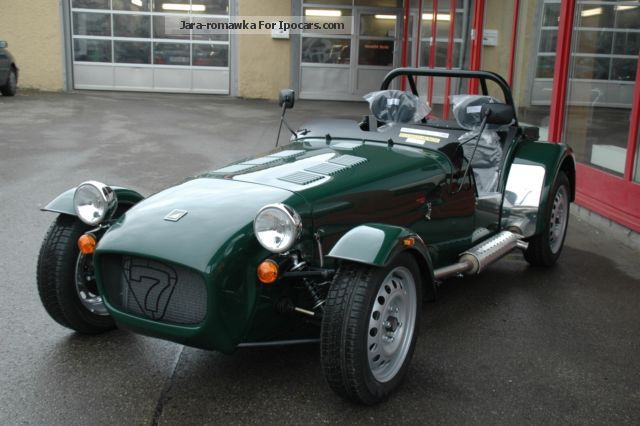 2015 Caterham  Seven 165 LHD Vehicle on Cabriolet / Roadster Demonstration Vehicle ( Accident-free ) photo