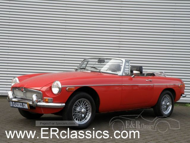 MG  Cabriolet 1973 chrome wire wheels 1973 Vintage, Classic and Old Cars photo