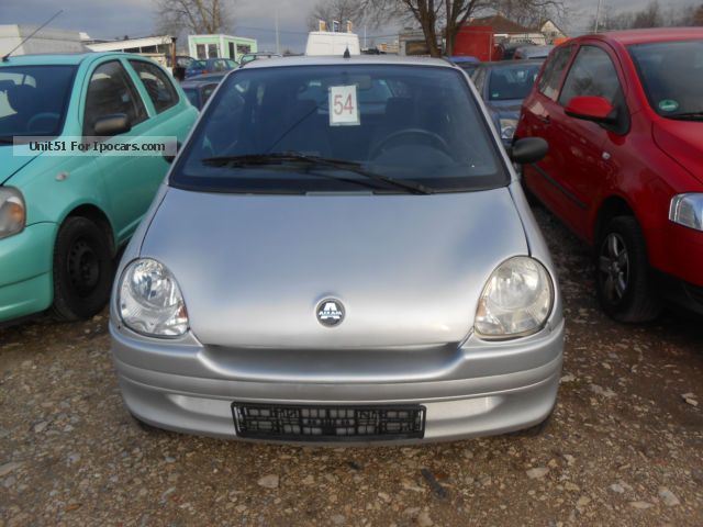2004 Aixam  City -500 automatic Small Car Used vehicle photo