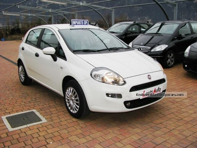 2012 fiat punto 1 4 8v 5 porte easy power street gpl car photo and specs. Black Bedroom Furniture Sets. Home Design Ideas