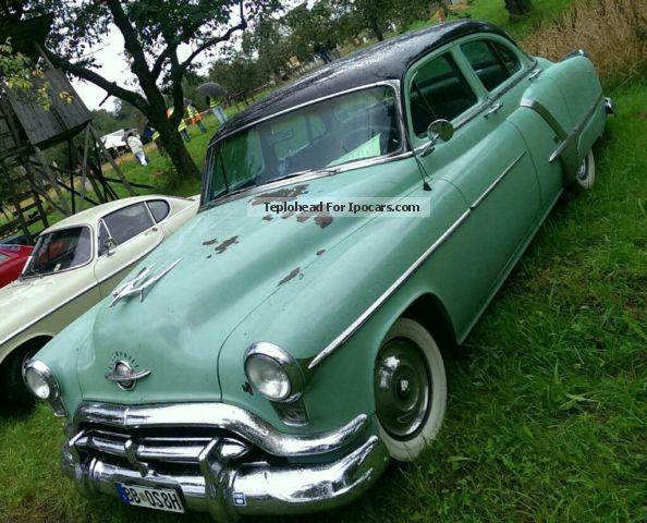 Oldsmobile  Super 88 1952 Vintage, Classic and Old Cars photo
