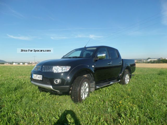 2013 Mitsubishi  L200 Pick Up 4x4 Double Cab Intense DPF Other Used vehicle photo