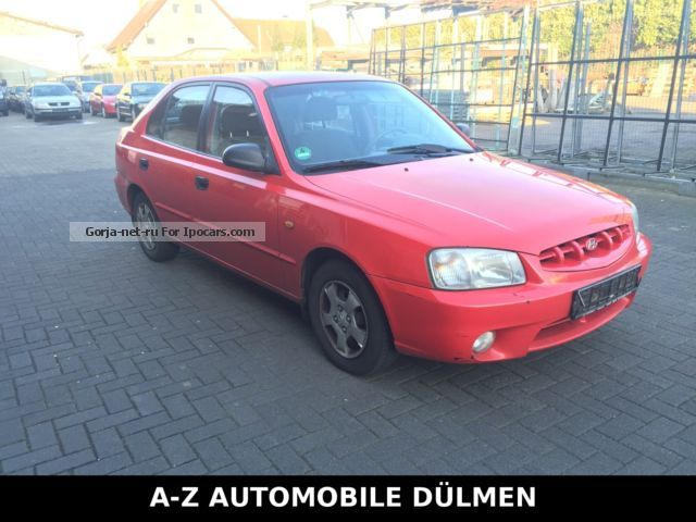 2000 Hyundai  Accent 1.3i 4-Türig approval before 9.2016 Saloon Used vehicle ( Accident-free ) photo