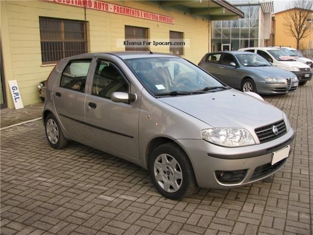 2003 fiat punto 1 2 dynamic 5 porte adatta a neopatentat car photo and specs. Black Bedroom Furniture Sets. Home Design Ideas