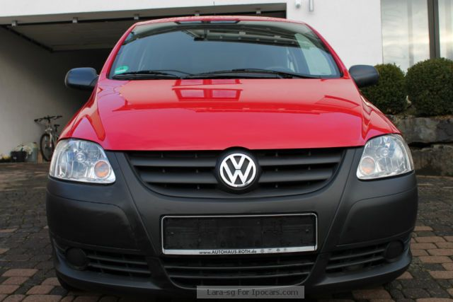 2010 volkswagen fox 1 2 49000km 1 hand red car photo and specs. Black Bedroom Furniture Sets. Home Design Ideas