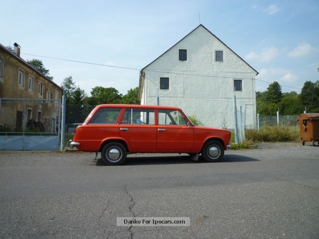 Lada  2102 Combi is looking for new family for cruising! 1978 Vintage, Classic and Old Cars photo