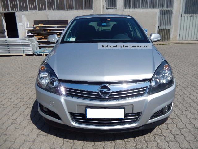2010 opel astra 1 7 cdti cosmo s w car photo and specs. Black Bedroom Furniture Sets. Home Design Ideas