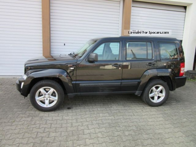 2008 Jeep  Cherokee 2.8 CRD DPF Sport 1.Hd. Off-road Vehicle/Pickup Truck Used vehicle ( Accident-free ) photo