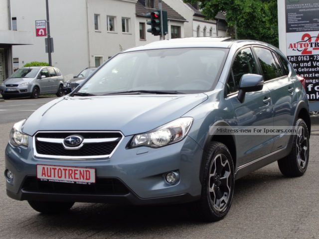 2012 Subaru  XV Exclusive AWD * LEATHER + NAVI + XENON + EGSD + CAMERA * Saloon Used vehicle photo