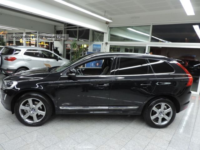 2012 volvo xc60 d4 summum geartronic upe 61 250 car photo and specs. Black Bedroom Furniture Sets. Home Design Ideas